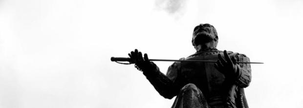 ignatius-offers-his-sword